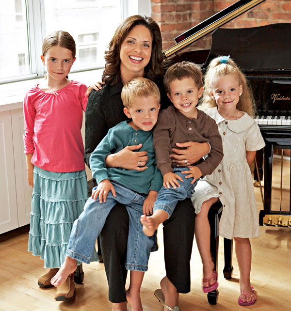 Mother wtith her four kids