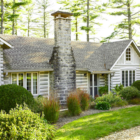 Log Home Exterior Ideas: Storybook Log Cabin