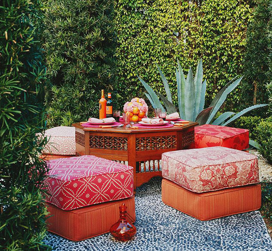 Gracious outdoor dining and entertaining traditional home for Moroccan style garden ideas