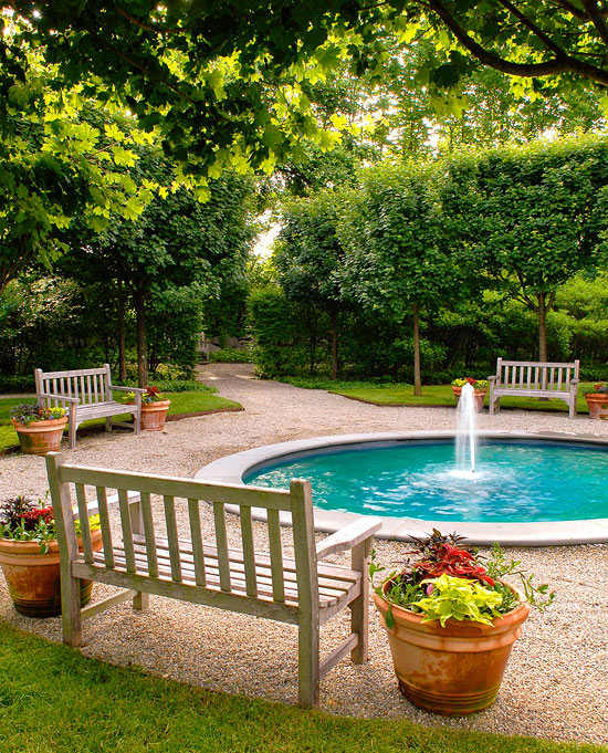 Traditional Garden With Pool: Garden Retreats And Sitting Areas