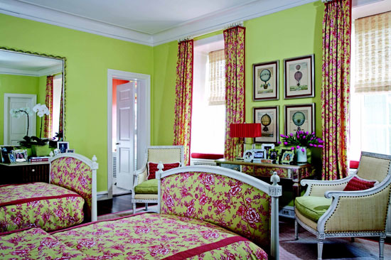 Bedroom Decorating Ideas: Totally Toile