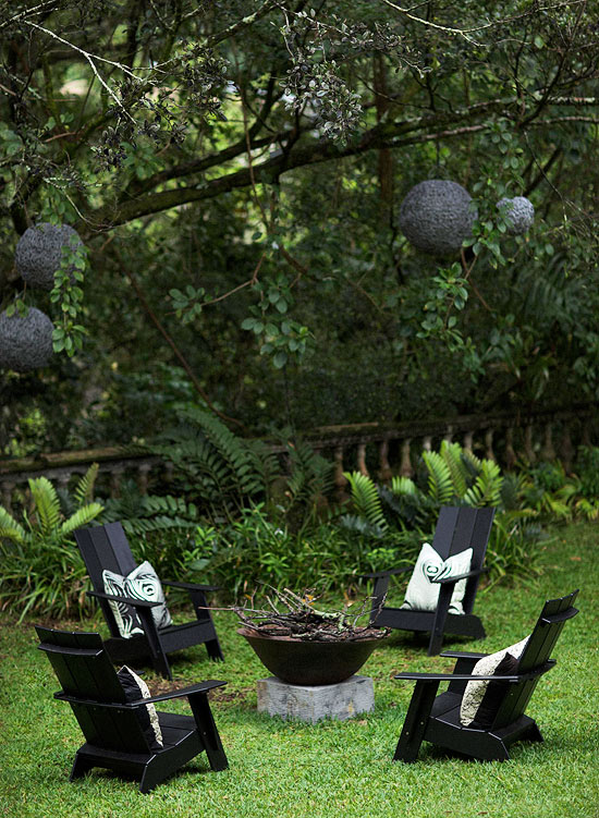 Garden Retreats and Sitting Areas | Traditional Home on under the tree, herb garden under tree, yoga under tree, wood under tree, home under tree, roses under tree, annuals under tree, patio under tree, books under tree, idea for plant around tree, plants under tree, woman under tree, lighting under tree, flowers under tree, buddha under tree, decorating under tree, perennial gardens under tree, composting under tree, container garden under tree, girl under tree,