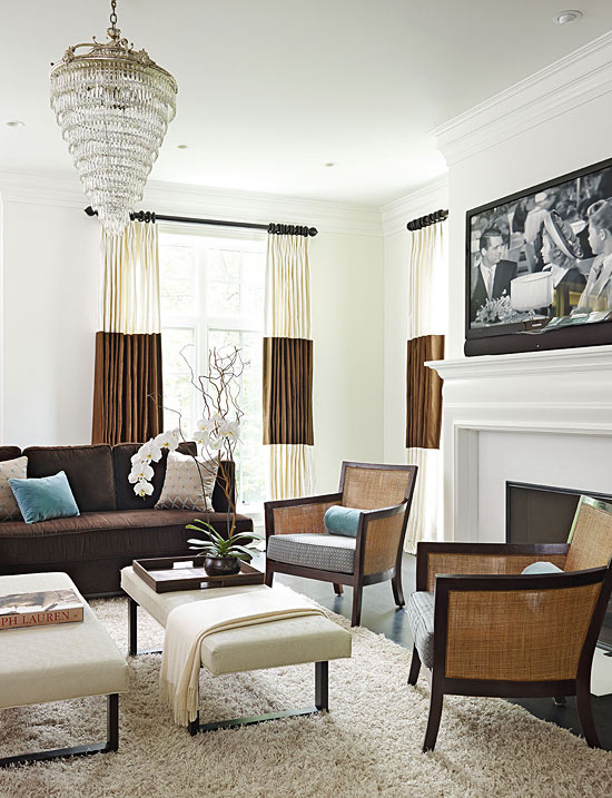 ENLARGE  Clean and Bright Family Room. Family Rooms We Love   Traditional Home