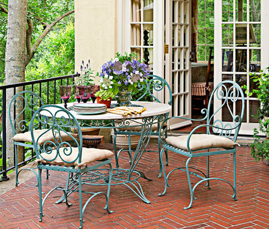 French Garden In A Southern Setting | Traditional Home