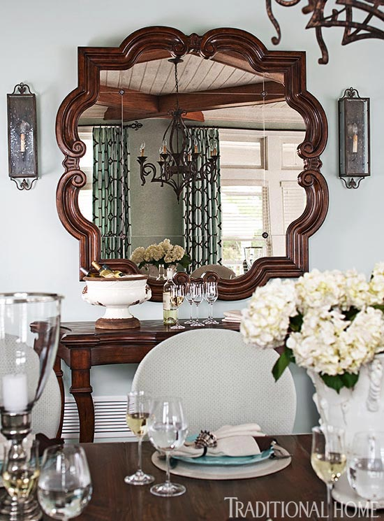 Decorating with mirrors traditional home for Home decorating mirrors