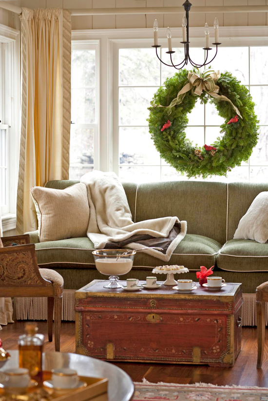 25 years of beautiful holiday rooms traditional home for Traditional home decor