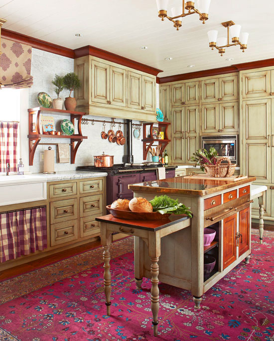Cozy kitchen with warm colors traditional home for Classic kitchen paint colors