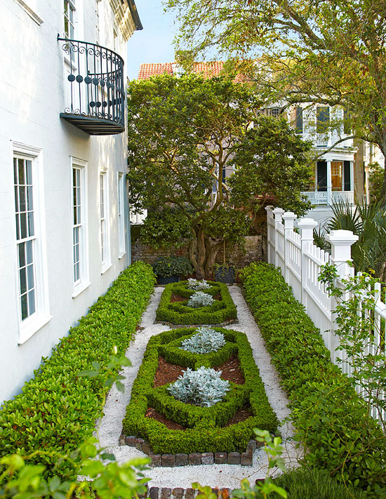 Gorgeous formal charleston garden traditional home for Indian home garden design