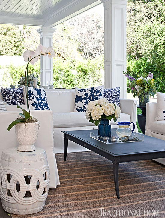At Home with Bill and Giuliana Rancic : Traditional Home