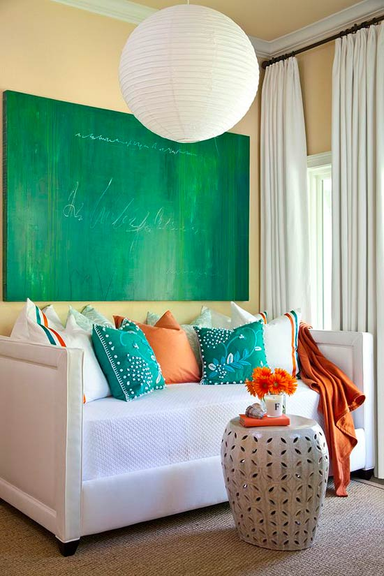 Experts Tips Decorating With Emerald