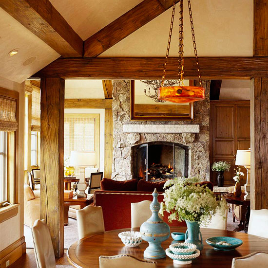 Comfort and style for a rustic mountain home traditional Mountain home interiors
