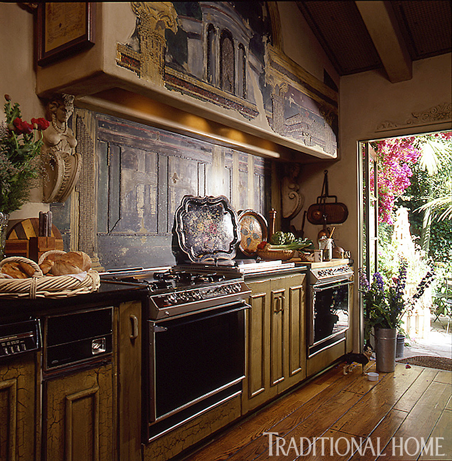 Beautiful Efficient Small Kitchens: 25 Years Of Beautiful Kitchens