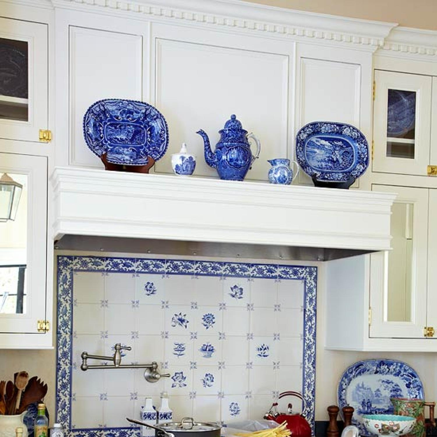 Beautiful kitchen backsplashes traditional home for Traditional kitchen wall tiles