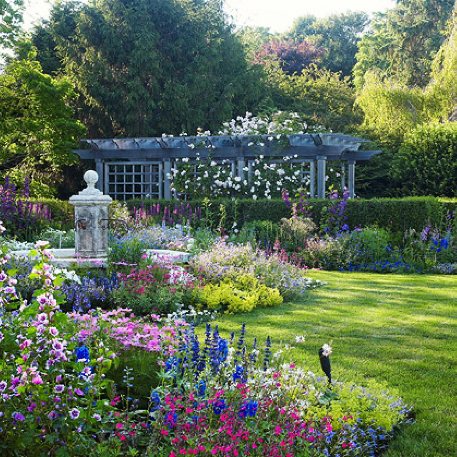 English Style Garden In The Hamptons