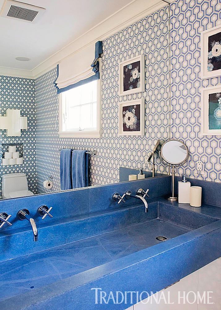 Decorating Ideas for Blue-and-White Bathrooms ...