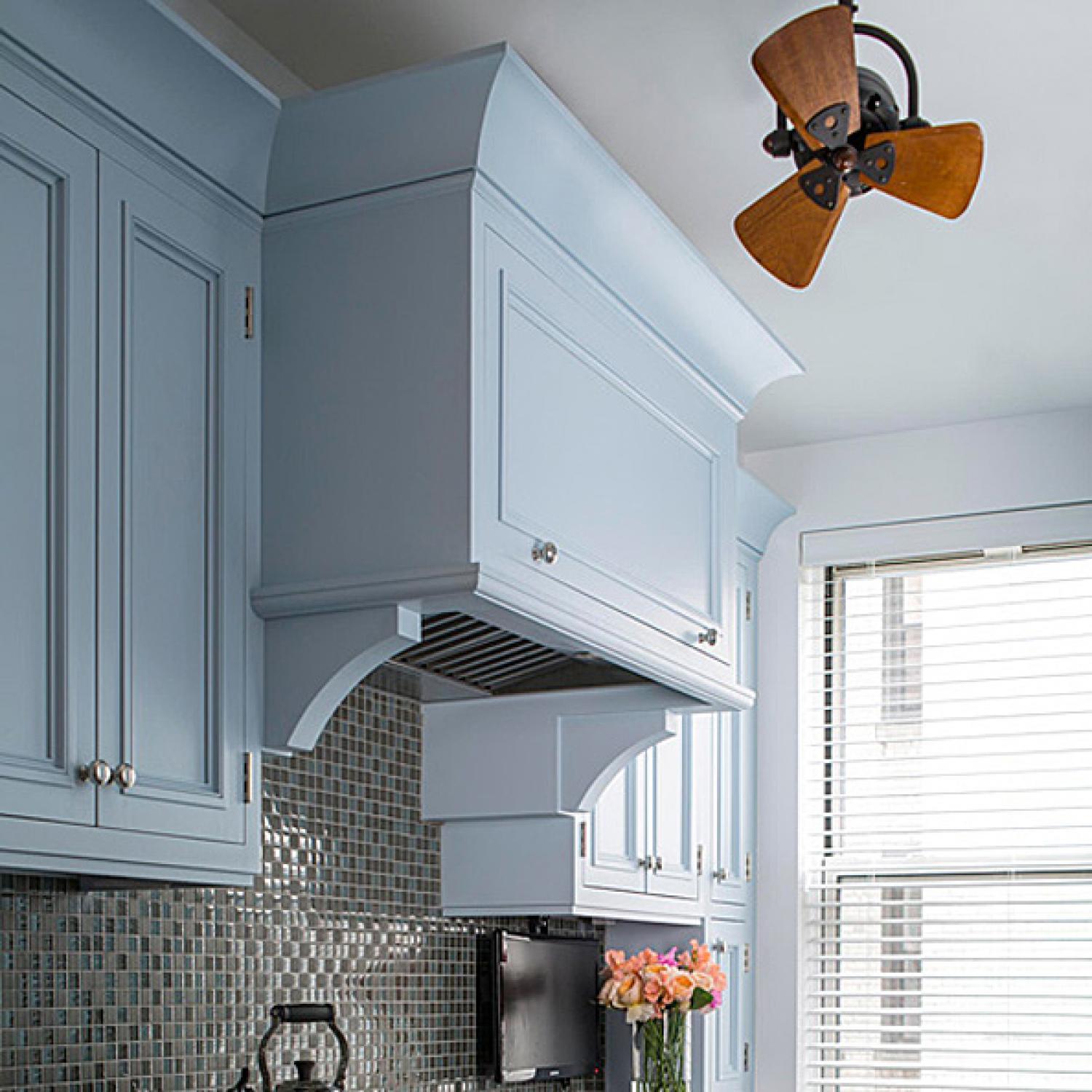 Dazzling Updated Kitchen | Traditional Home