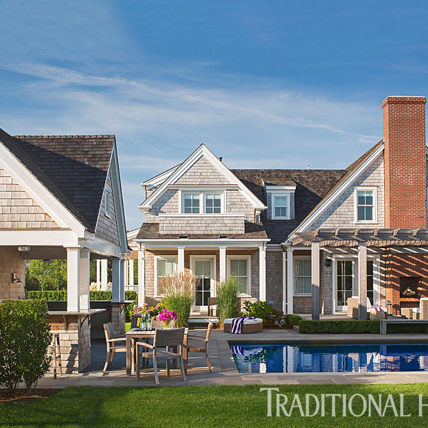 Nantucket Home with a Quiet Palette | Traditional Home on nantucket beaches, cool beach house design, americana style interior design, martha's vinyard style interior design, small modern beach house design, island interior design, south west style kitchen design, eclectic room design,