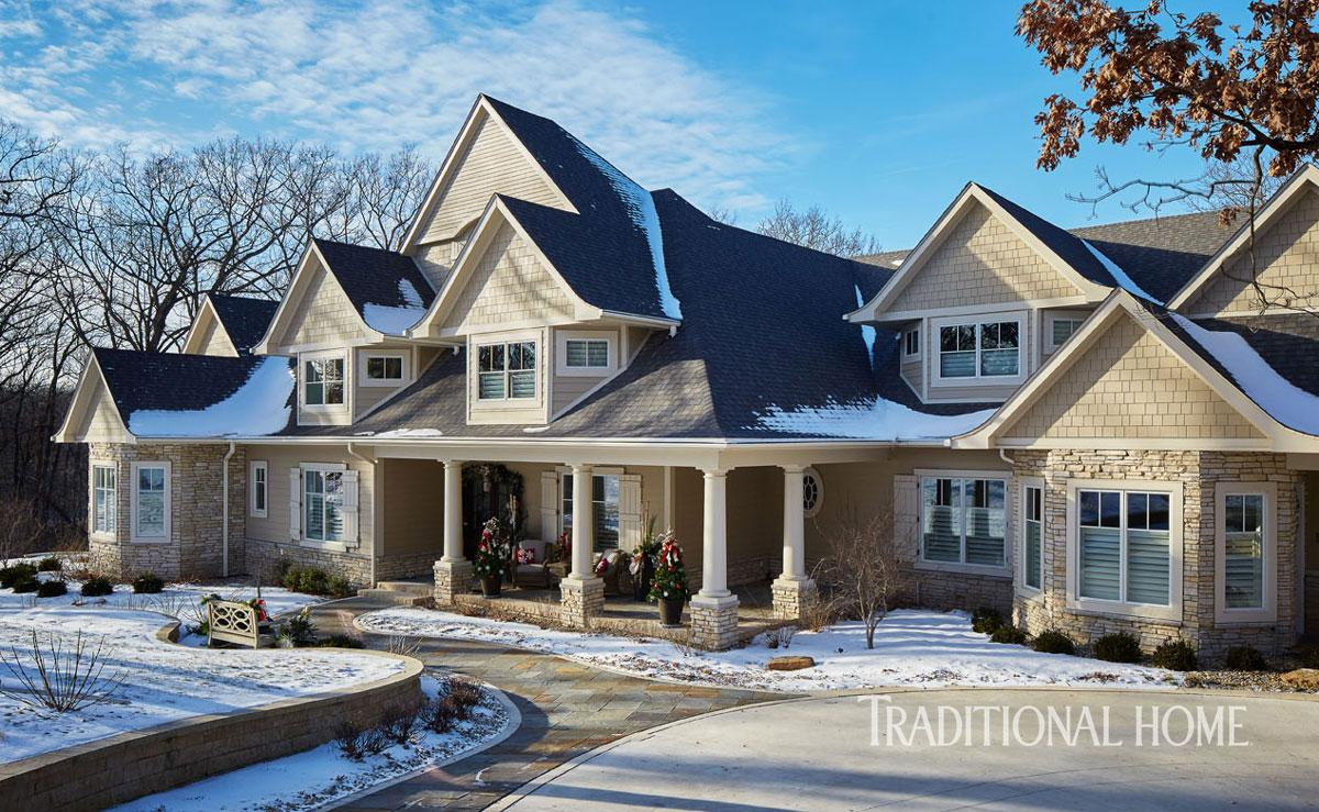 Harmonious Holiday Hues In A Midwestern Home Traditional