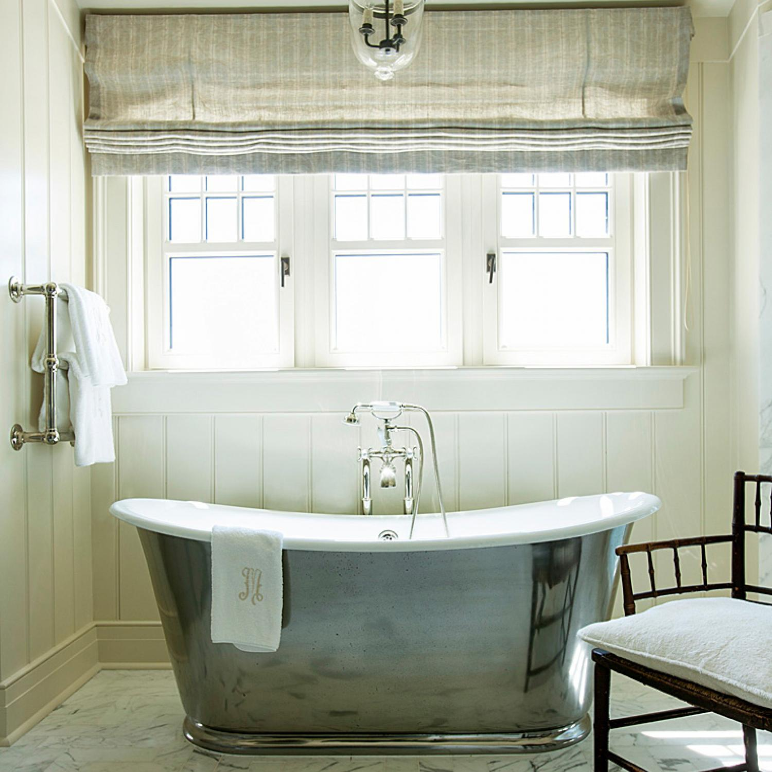 Focal-Point Bathtubs | Traditional Home
