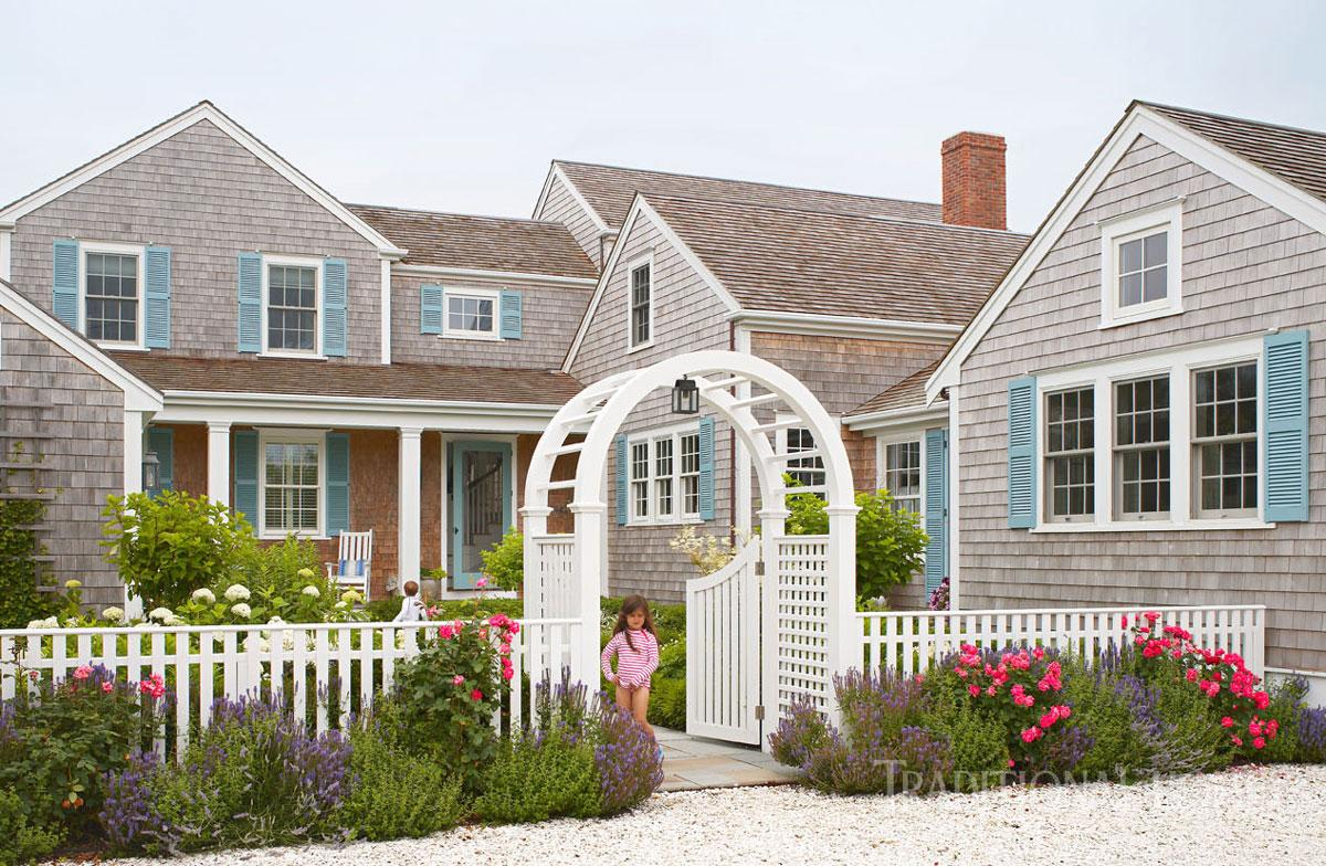 Spacious family home on nantucket traditional home for Family home