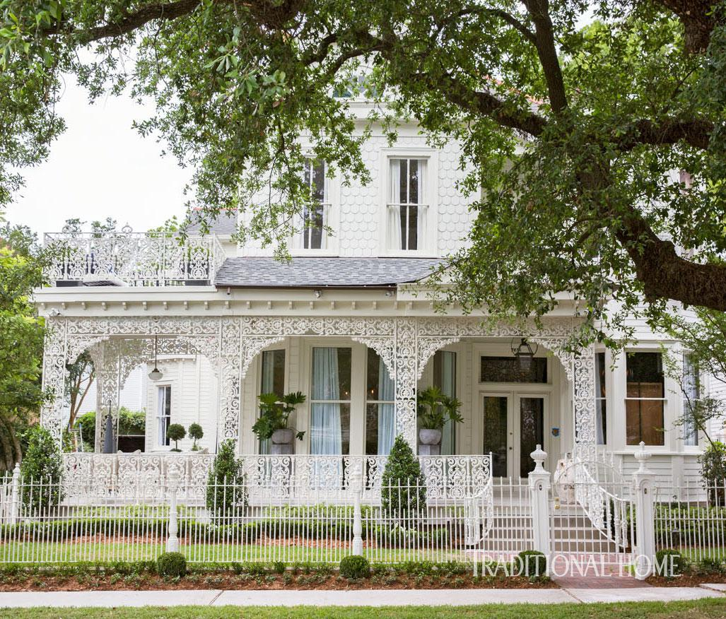 Stylish new orleans showhouse traditional home for Modern new orleans homes