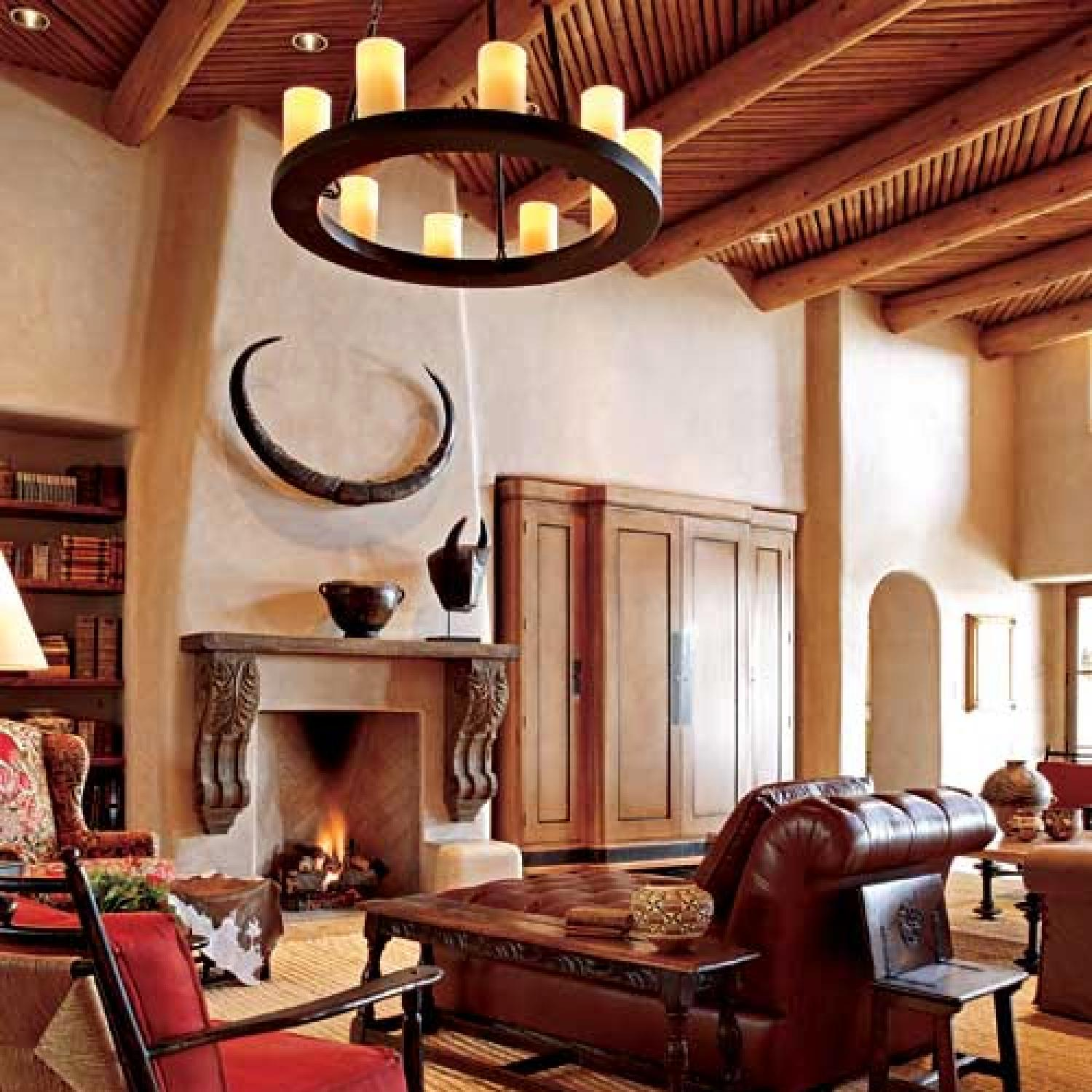 Southwestern Design pueblo-style home with traditional southwestern design