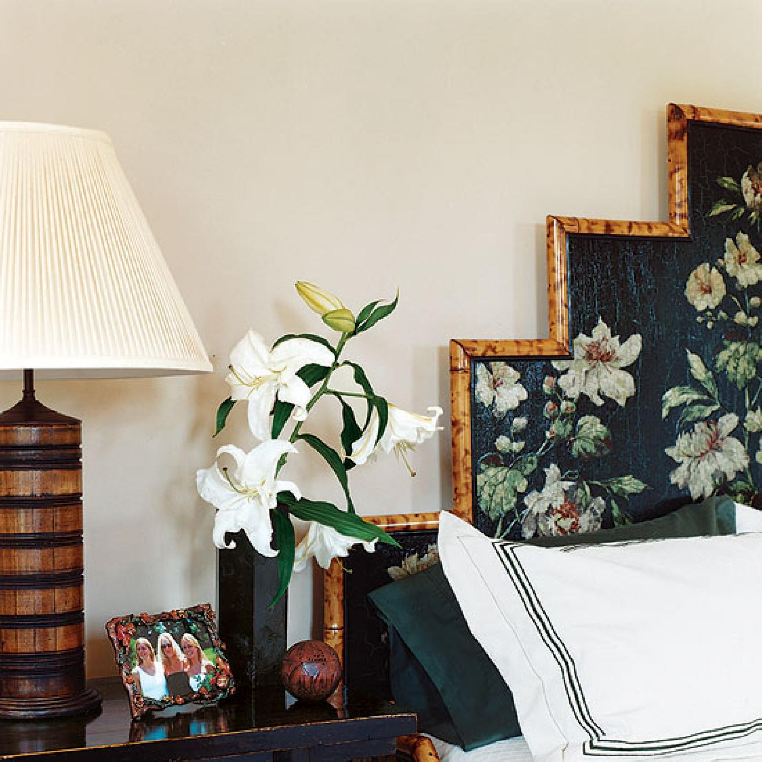 Bedrooms Ideas Decorate: Bedroom Decorating Ideas: From Arty To Exotic