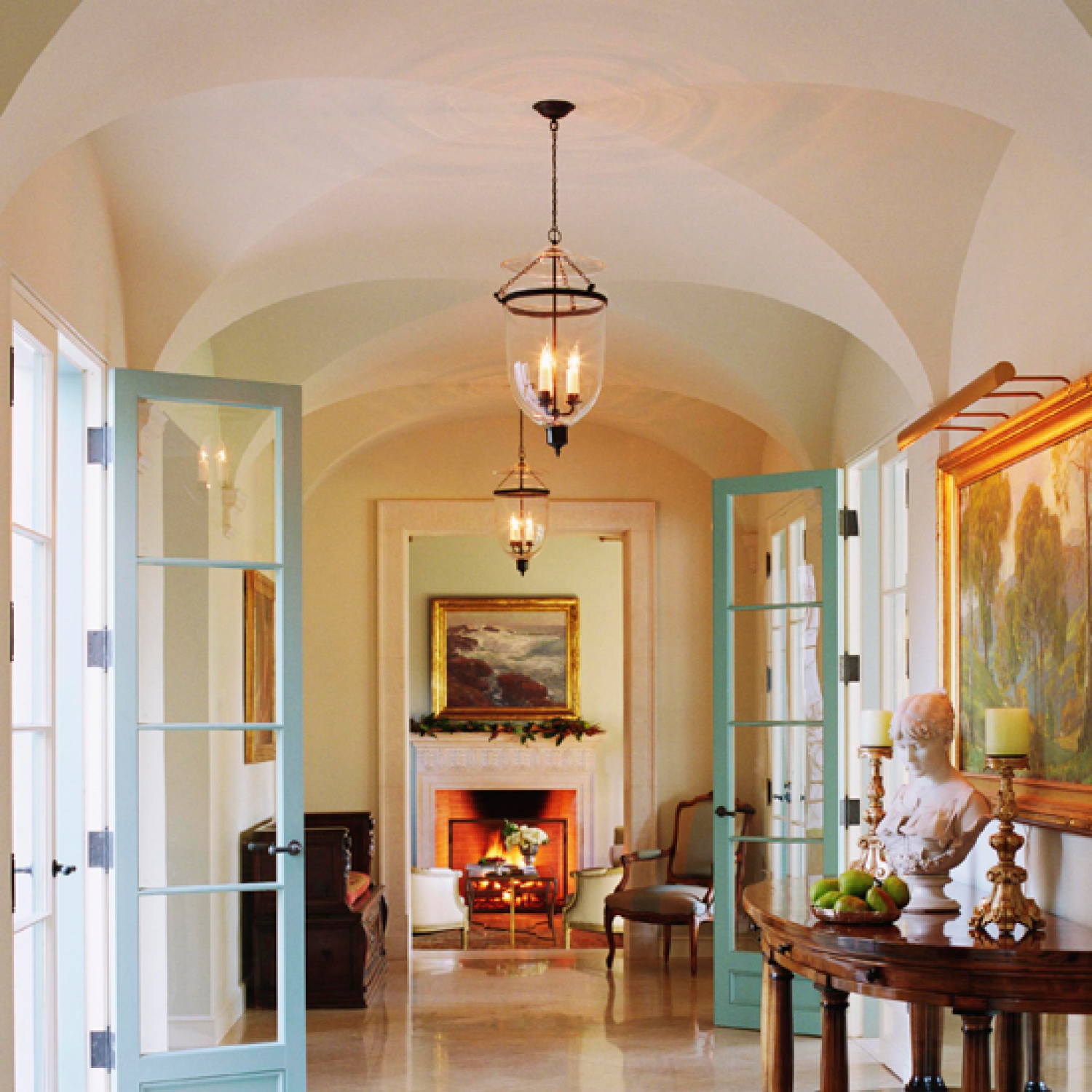 Top 10 Small Elegant Home Interior: Simple Elegance: Holiday Décor In A Mediterranean-style