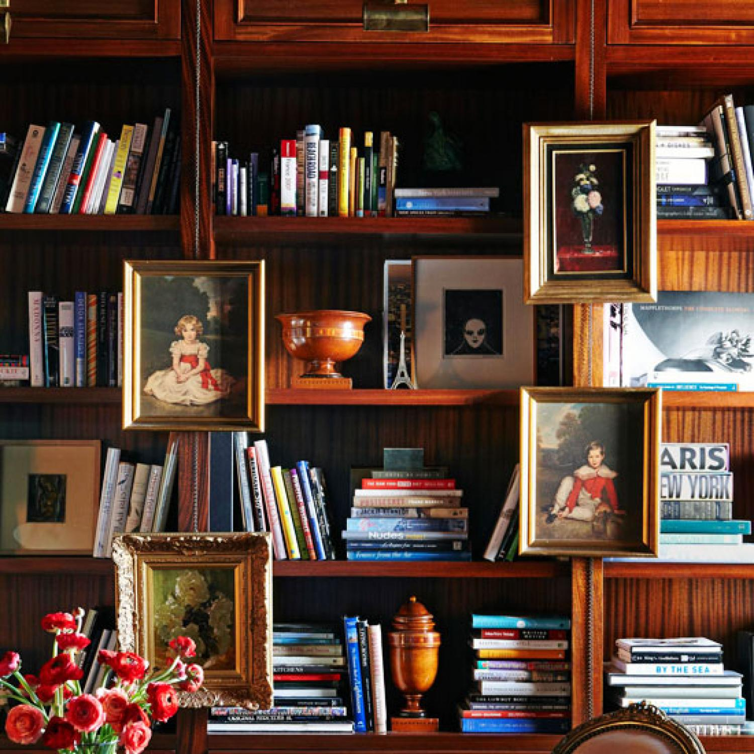 & Stylish Ideas for Arranging and Organizing Bookcases | Traditional Home