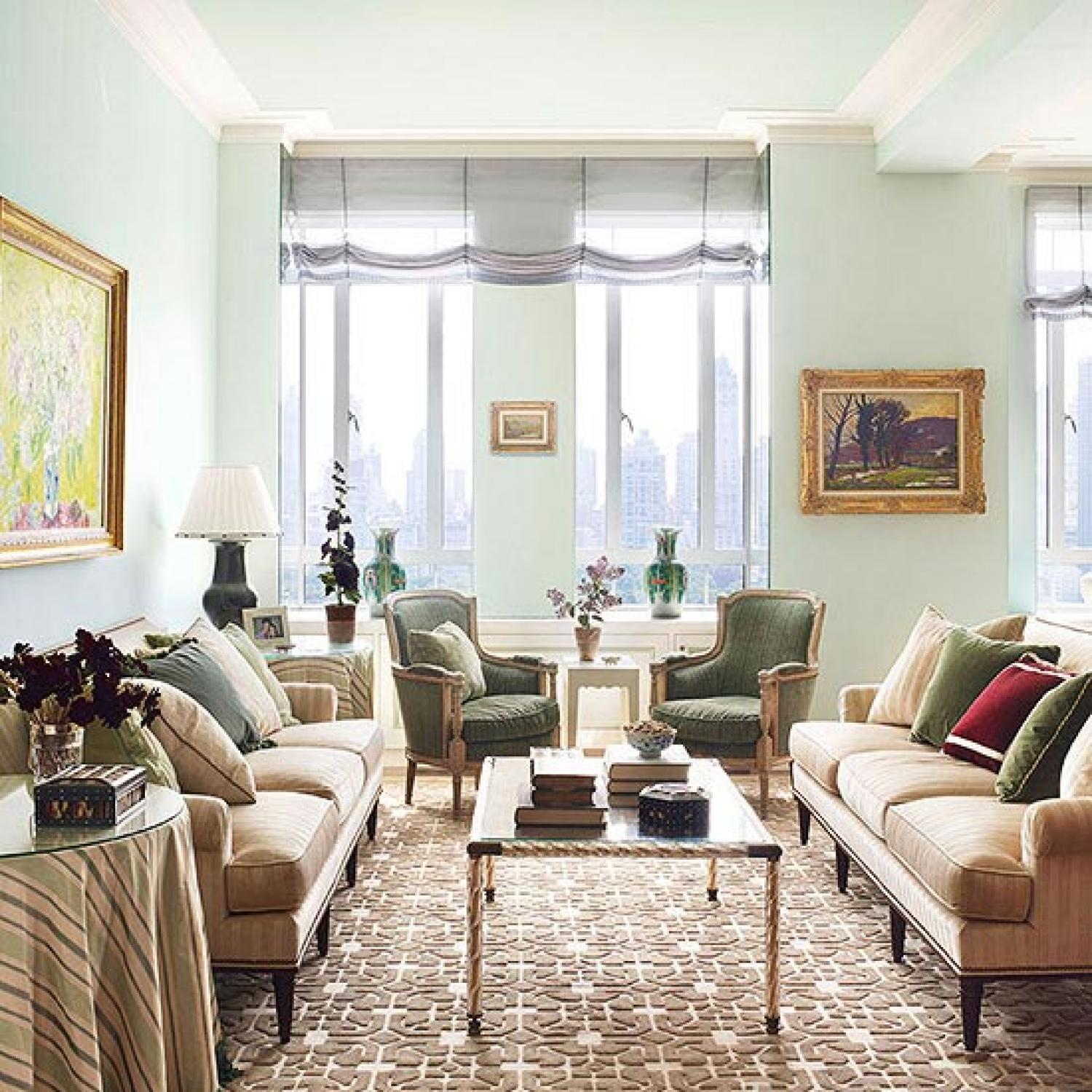 New york apartment with elegant british style for Michael j arlen living room war