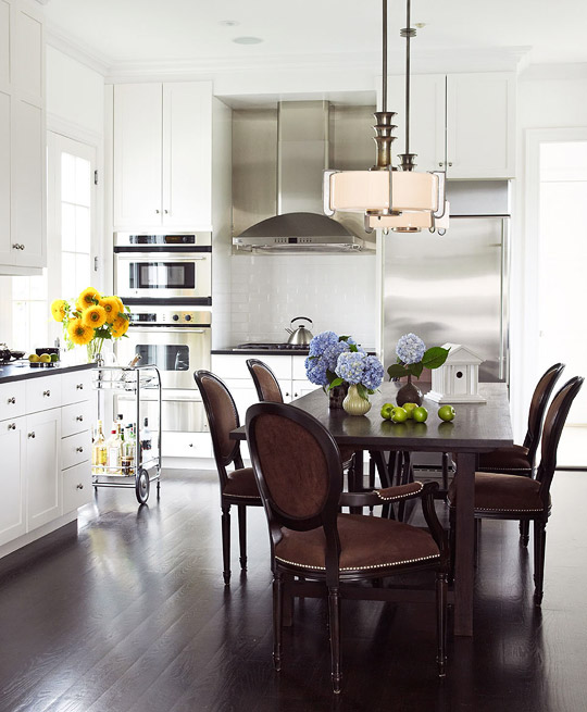 Tria Giovan Sophisticated Kitchen Dining Room Combination