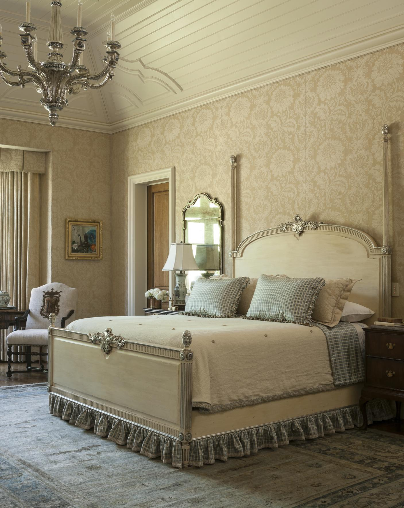 12 romantic bedrooms traditional home 13575 | 102090424