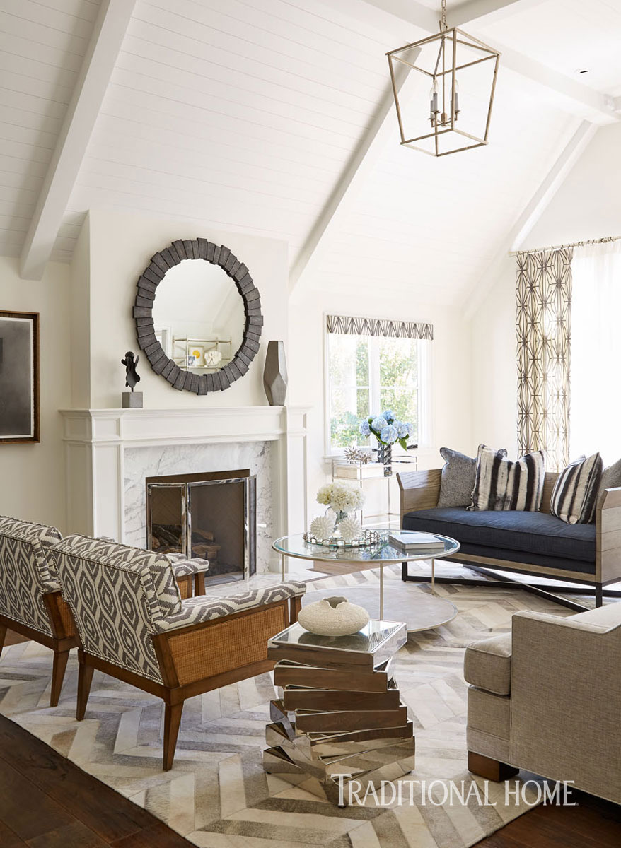 Living room with classical decor and vaulted ceiling with white painted wood Traditional Home Tour Renovation by William Hefner. #livingroom #traditional #classical #interiordesign
