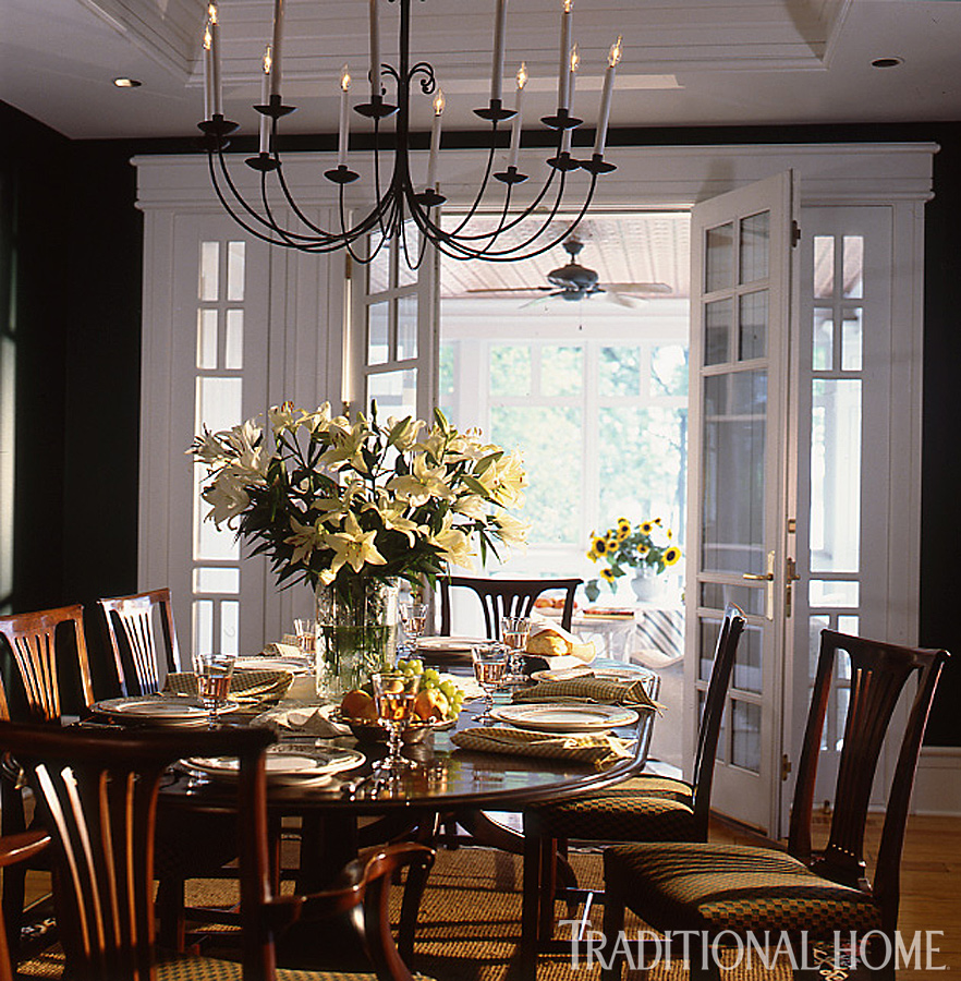 Enlarge Eric Roth Welcoming Farmhouse Dining Room